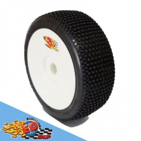 cosmic ricky gomme off road sport multi pin montate su cerchio (2)